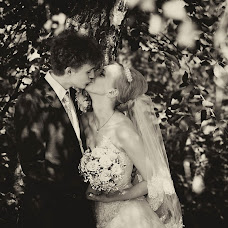 Wedding photographer Sergey Nikolaev (shesheru). Photo of 19.04.2013