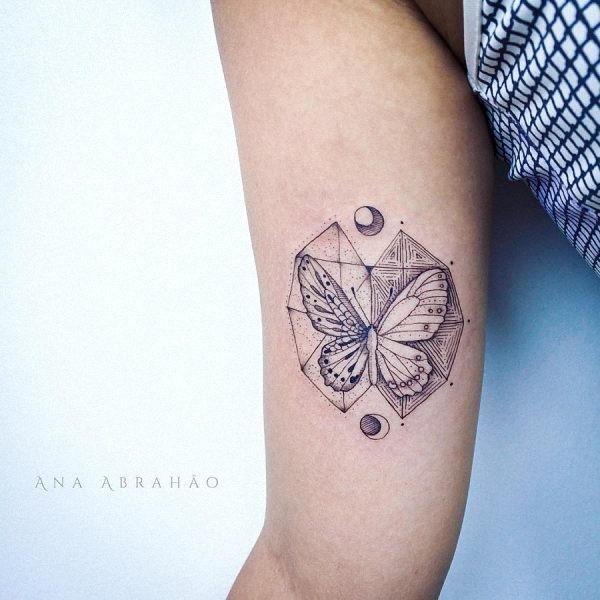 este_geomtricas_fin_linha_de_tatuagem_de_borboleta