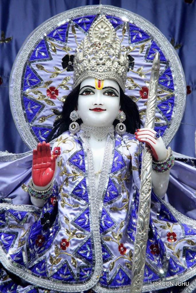 ISKCON Juhu Mangal Deity Darshan on 7th July 2016 (11)