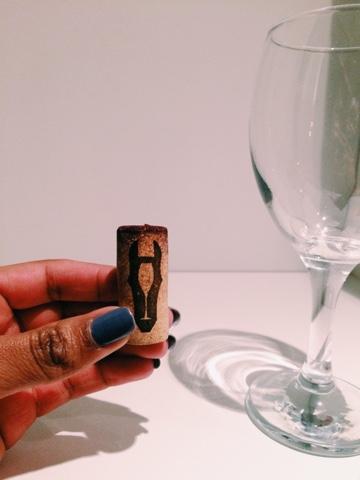 Dark Hose wine cork with Dark Horse logo and wine glass