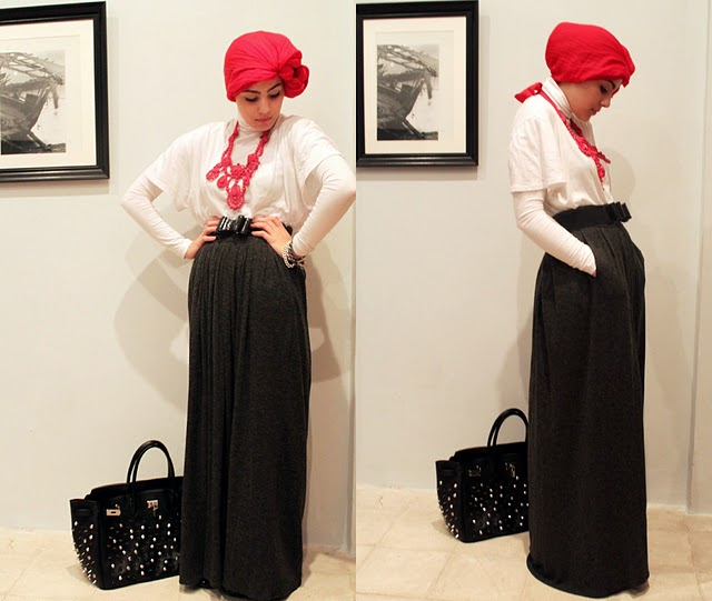 Hijabic touchofredtwo.jpg