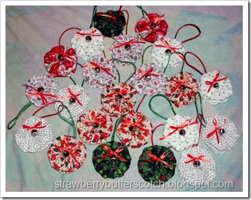 Fabric Yo-Yo Christmas Ornments with Bells