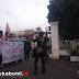 Mahasiswa Demo Tolak Pertemuan IMF dan World Bank di Depan Pendopo Sukabumi