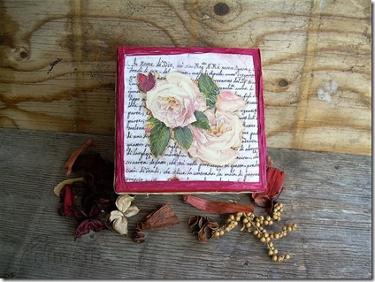 box rose 8_wm