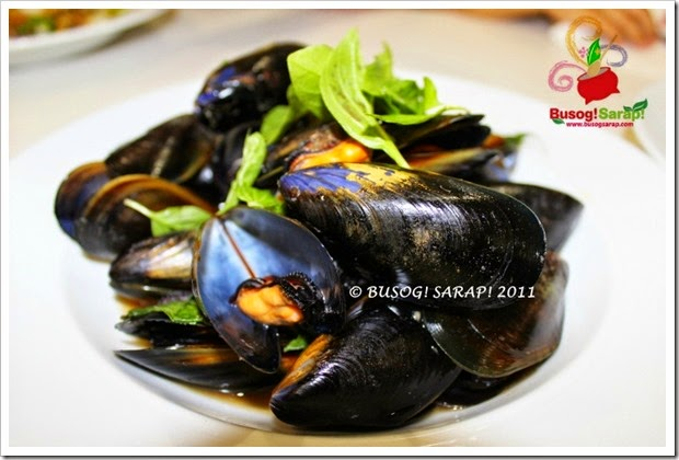MY FIRST MUSSELS © BUSOG! SARAP! 2011