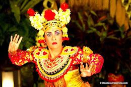 facial-expresions-Balinese-Dancer