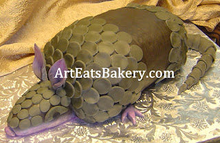 Custom fondant 3D armadillo groom's cake picture