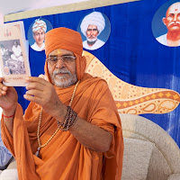 Nirmal Swamiji Book Opening.jpg
