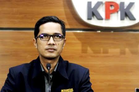 Cool banget! Febri Diansyah, bintang baru KPK.