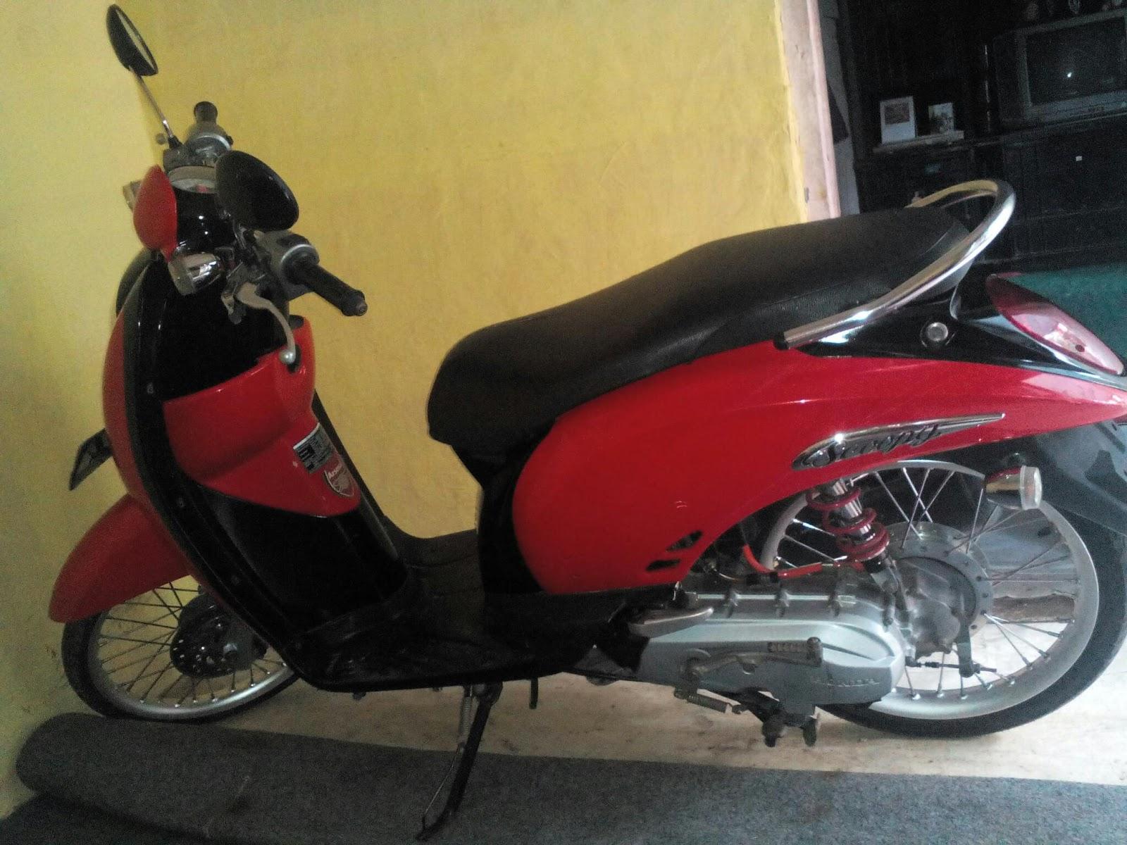 94 Modifikasi Motor Scoopy Warna Hitam Merah Terlengkap Kumbara
