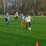 Welpenvoetbal april 2014 - DSC_0133%2B%255B800x600%255D.jpg