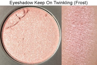 KeepOnTwinklingFrostEyeshadowMAC3