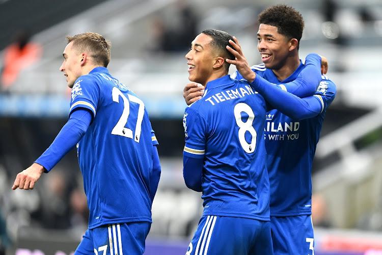 🎥 Youri Tielemans opnieuw van goudwaarde met twee assists voor Leicester City
