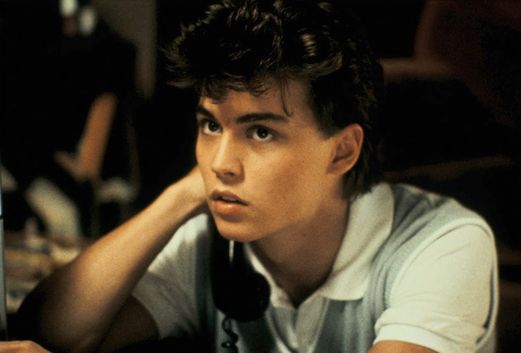 A baby-faced Johnny Depp, at the beginning of his career, as Glen Lantz.
