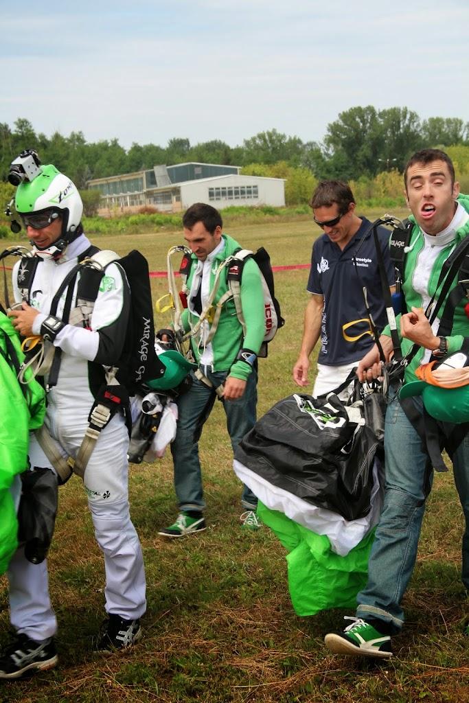 10-PARACHUTISME-CHAMPIONNATS EUROPE BOSNIE 2013-FREE FLY Saut 2