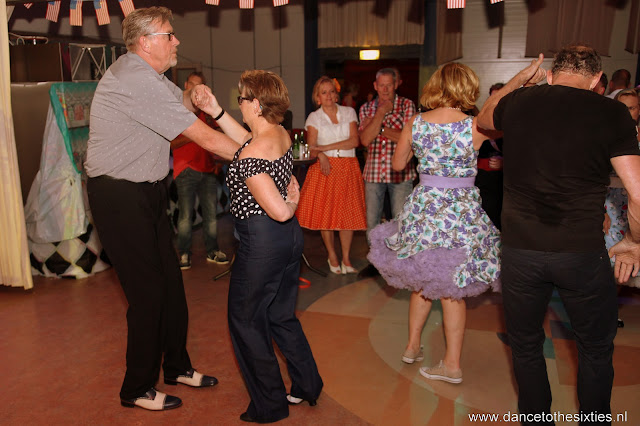 Phil Haley  & his Comments bij 20 Jaar Dance to the 60's Rock n Roll Dansschool (195).JPG