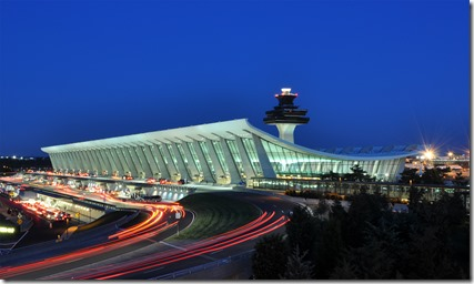 Washington_Dulles_International_Airport_at_Dusk