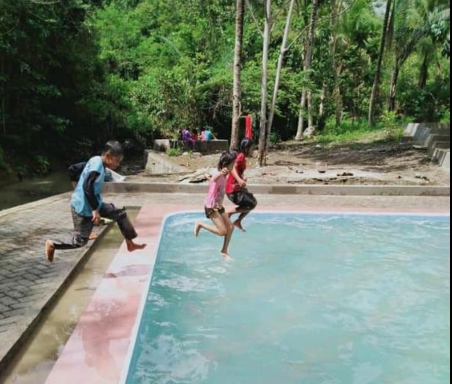 Kunjungi Objek Wisata Baru Soppeng Permandian Alam Air Panas Bucello di Kacimpang