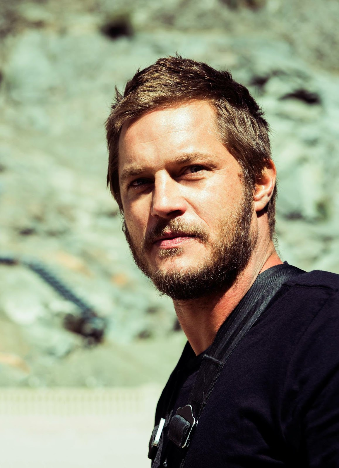 Travis Fimmel Awesome Profile Pics Whatsapp Images