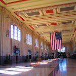 Morning_in_Union_Station_Kansas_City._Symanntha_Renn._KC_MO_2014.JPG