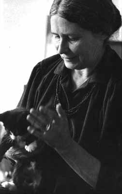 Doris Lessing and a cat
