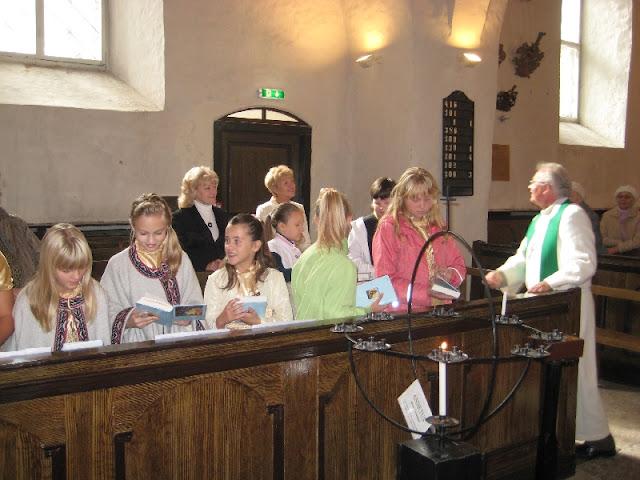 Paikesekiired - foto_bolt_Saarema_Mihkli_kirik_129.jpg