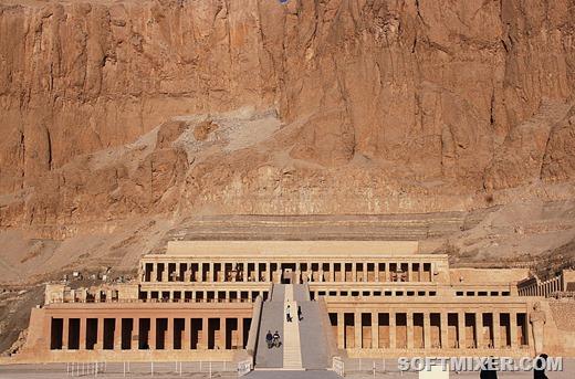 [1920px-Deir_el-Bahari_0489%5B2%5D]