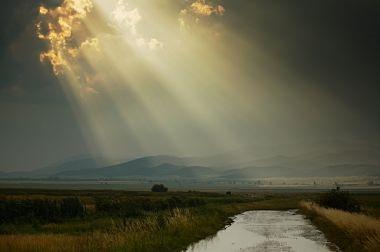 [-sun-rays-after-rain%5B3%5D]