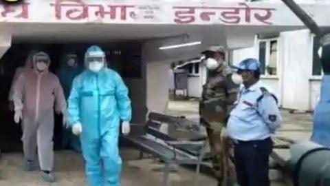एनएमसीएच पहुंचे स्वास्थ्य मंत्री मंगल पांडेय, पीपीई किट पहन कोविड वार्ड में संक्रमित मरीजों का हाल जाना