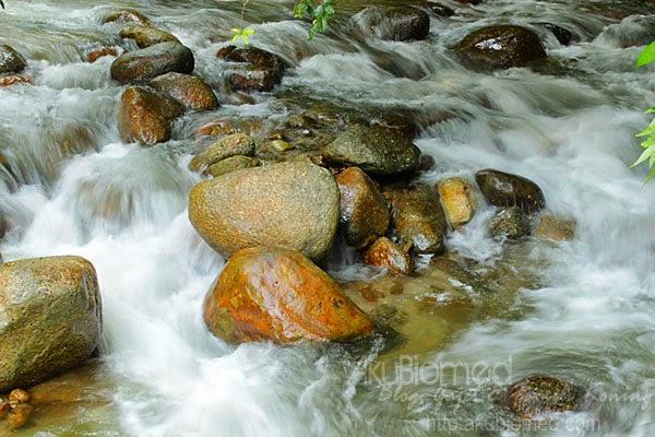 batu-batu sungai chiling