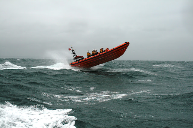 12 June 2011 - ILB exercise in rough weather (southerly force 7, gusting 8, heavy rain). (Photo credit: Rob Inett)