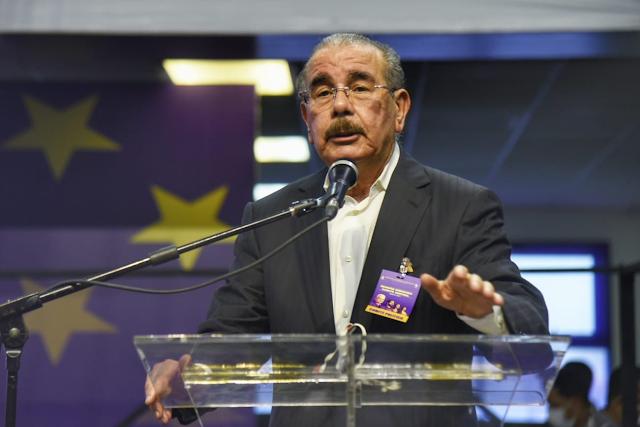 Charlie Mariotti define como históricas elecciones para escoger titulares de secretarías del PLD