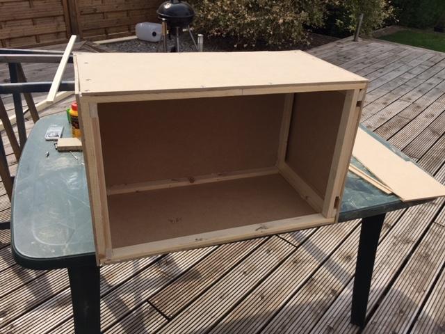 question cabine de peinture. Black Bedroom Furniture Sets. Home Design Ideas