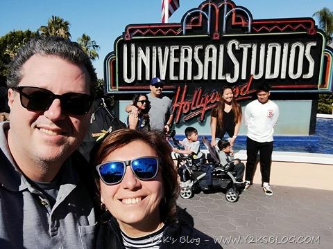 Universal Studios (e congrats alla famiglia che ci ha fotobombato ) :)