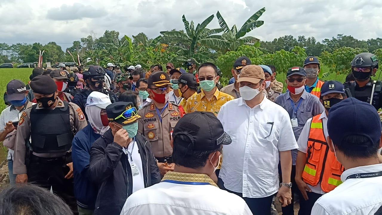 Sejumlah Menteri Kunjungi Pusat Lumbung Padi di Desa Belanti Siam Yang Dicanangkan Presiden RI