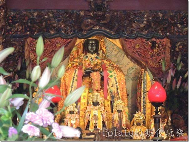 旗山天后宮的媽祖神像