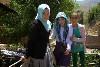 Photo: Girls, Muş, 2014