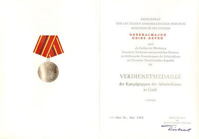 183e Verdienstmedaille der Kampfgruppen der Arbeiterklasse in Gold www.ddrmedailles.nl