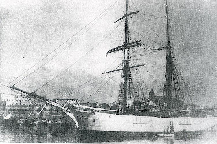 La goleta SOLNEVA. Ca. 1920. Lugar indeterminado. Foto del libro Los ultimos veleros del Mediterraneo. Vol II.jpg