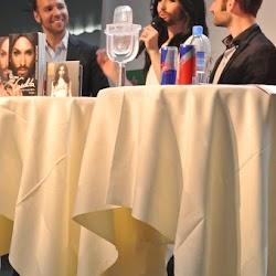 EuroFanCafe - Press Conference - 01.jpg