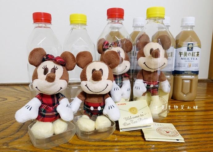 10 日本必買 午後的紅茶 米奇米妮吊飾娃娃限定組合