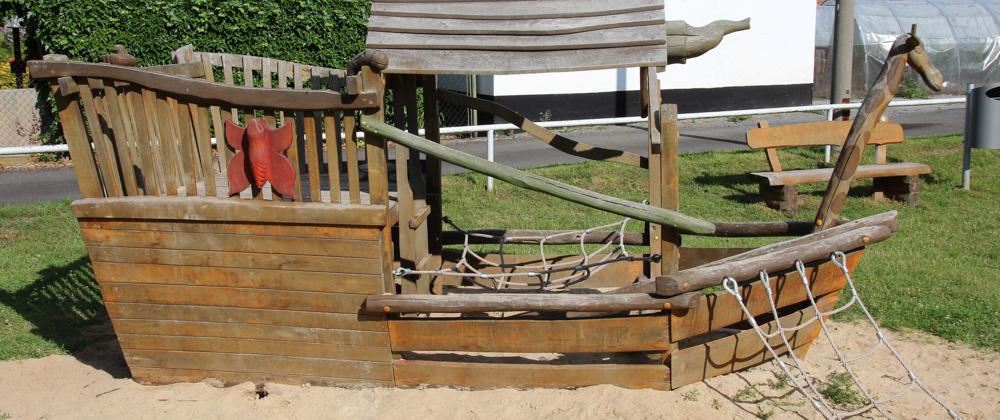 Holzschiff Arche Noah