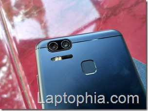 Desain Asus Zenfone Zoom S ZE553KL