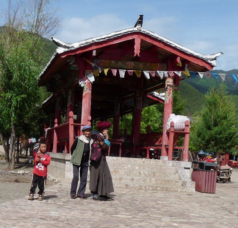Chine. Yunnan.LIJIANG , Dragon snow mountain,puis lac LUGU - P1230939.JPG