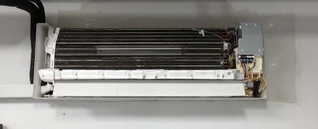 Buka Cover Indoor Unit Tengok Masalah Apa Yang Berlaku