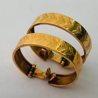 18K Gold Etched Hoop Earrings