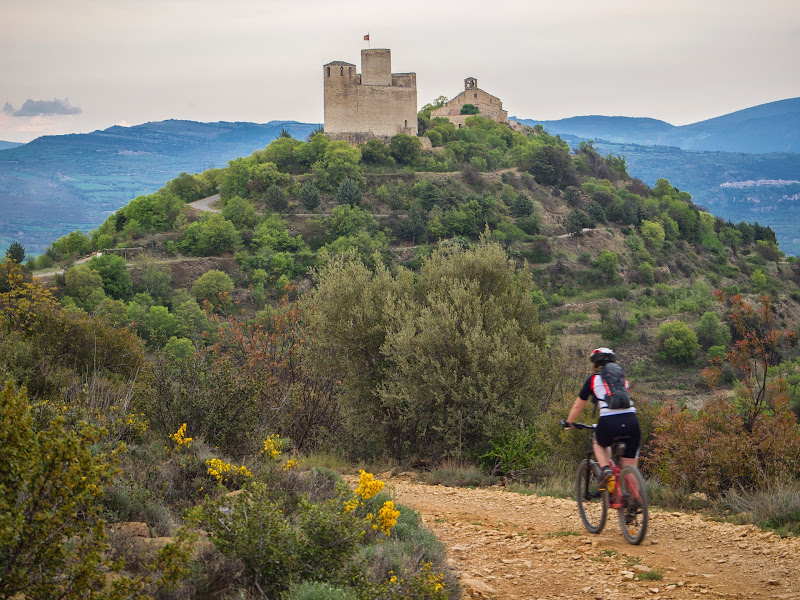 Arribant al Castell de Mur