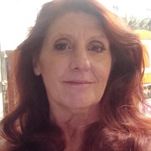 user Katherine Morgan apkdeer profile image