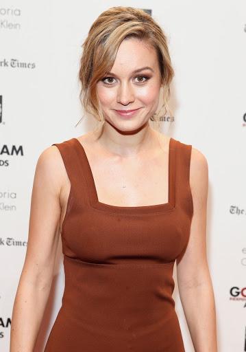 Brie Larson Hot Bikini Image Gallery, Images, Photos, Pics ...