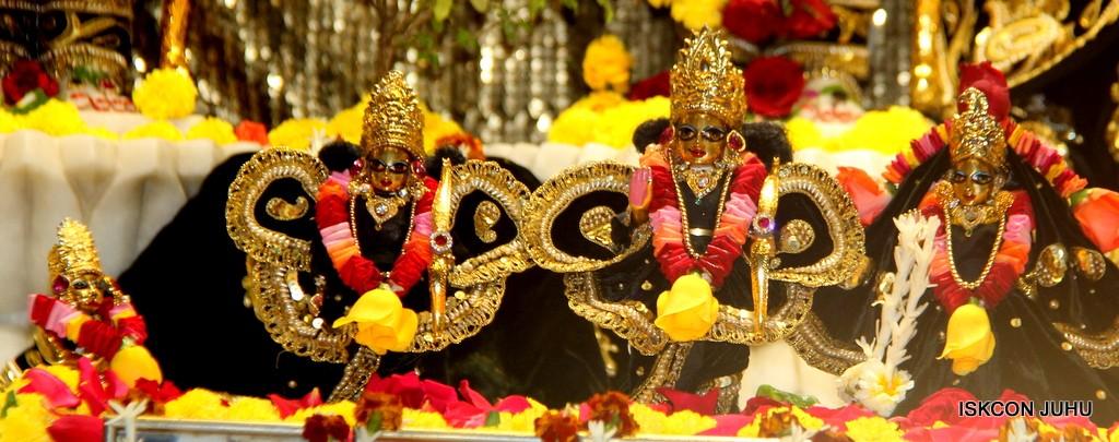 ISKCON Juhu Sringar Deity Darshan 7 Jan 2017  (22)